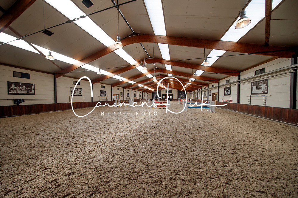 Stephex Stables accomodations<br /> Stephex Stables - Meise 2017<br /> © Hippo Foto - Dirk Caremans<br /> 14/03/17