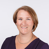 2017_09_08 - Newland Chase - Dawna D'Arcy Corporate Headshots