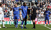 Photo: Paul Thomas.<br /> Bolton Wanderers v Chelsea. The Barclays Premiership. 15/04/2006.<br /> <br /> Chelsea's Didier Drogba feels he is hard done by, gets a talking to from referee Mr P. Dowd.