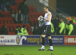 WIGAN, ENGLAND - TUESDAY, JANUARY 31st, 2006: Everton's Duncan Ferguson walks off the pitch after being sent off the Premiership match against Wigan Athletic at the JJB Stadium. (Pic by David Rawcliffe/Propaganda)