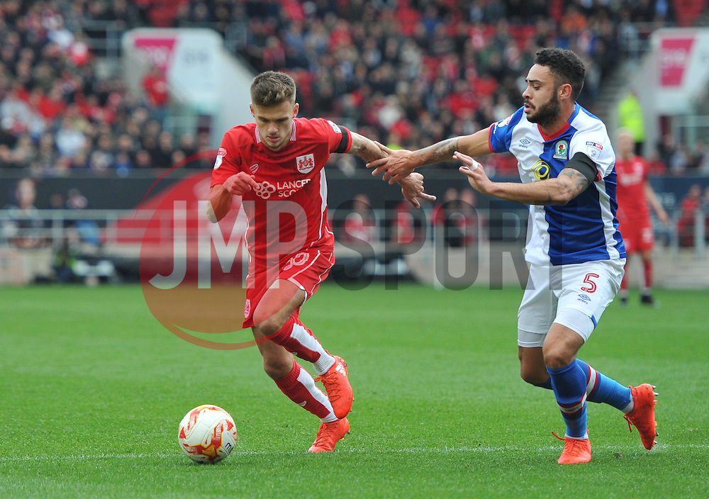 Jamie Paterson of Bristol City competes against Derrick Williams of Blackburn Rovers - Mandatory by-line: Paul Knight/JMP - 22/10/2016 - FOOTBALL - Ashton Gate Stadium - Bristol, England - Bristol City v Blackburn Rovers - Sky Bet Championship