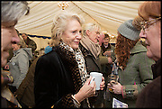 ANNA MURDOCH MANN, The Heythrop Hunt Point to Point. Cockle barrow. 25 January 2015