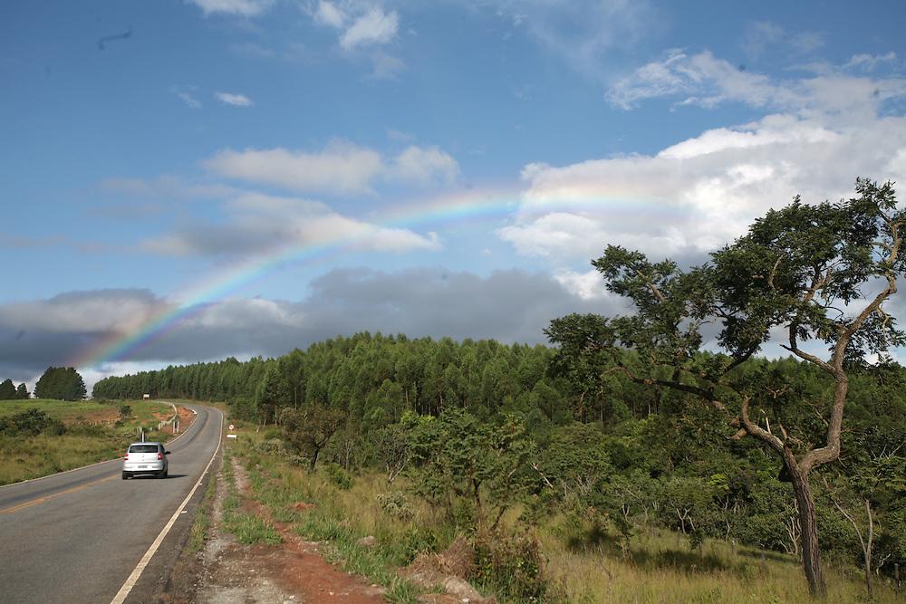 Lagoa Dourada_MG, Brasil..Paisagem da BR 383 em Lagoa Dourada, Minas Gerais..Landscape of BR 383 in Lagoa Dourada, Minas Gerais..Foto: JOAO MARCOS ROSA / NITRO