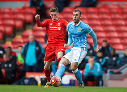 LIVERPOOL, ENGLAND - Sunday, February 7, 2016: Liverpool's Harry Wilson in action against Manchester City's James Horsfield during the Under-21 FA Premier League match at Anfield. (Pic by David Rawcliffe/Propaganda)