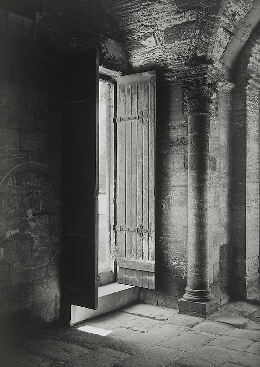 Gatehouse, Pont D'avignon