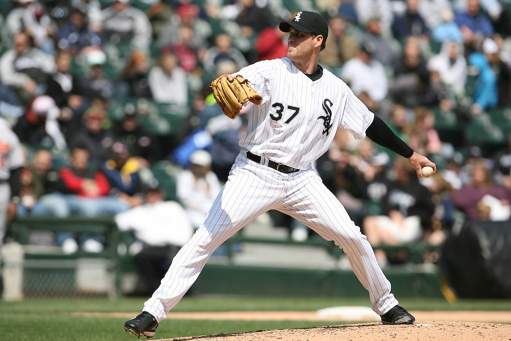 CHICAGO - APRIL 26:  Matt Thornton #37 of the Chicago White Sox pitches during the first game of a day/night doubleheader against the Baltimore Orioles at U.S. Cellular Field in Chicago, Illinois on April 26, 2008.  The Orioles defeated the White Sox 5-1.  (Photo by Ron Vesely)
