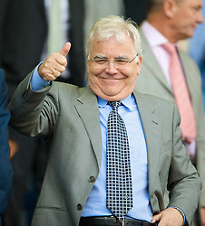 LIVERPOOL, ENGLAND - Sunday, August 30, 2009: Everton's Chairman Bill Kenwright watches his side take on Wigan Athletic during the Premiership match at Goodison Park. (Photo by David Rawcliffe/Propaganda)