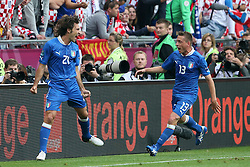 14.06.2012, Staedtisches Stadion, Posen, POL, UEFA EURO 2012, Italien vs Kroatien, Gruppe C, im Bild ANDREA PIRLO, EMANUEL GIACCHERINI RADOSC BRAMKA GOL // during the UEFA Euro 2012 Group C Match between Italy and Croatia at the Municipal Stadium Poznan, Poland on 2012/06/14. EXPA Pictures © 2012, PhotoCredit: EXPA/ Newspix/ Jakub Piasecki..***** Jakub Piasecki..***** ATTENTION - for AUT, SLO, CRO, SRB, SUI and SWE only *****