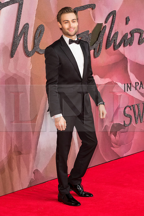 © Licensed to London News Pictures. 05/12/2016. DOUGLAS BOTH arrives for The Fashion Awards 2016 celebrating the best of British and international fashion. London, UK. Photo credit: Ray Tang/LNP