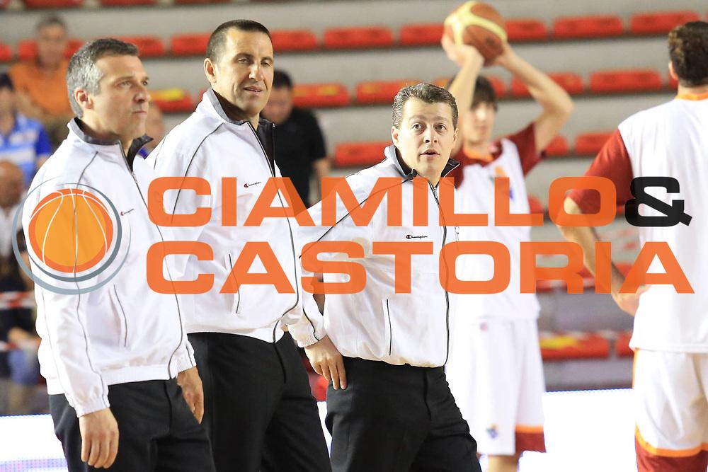 DESCRIZIONE : Roma Lega A 2012-2013 Acea Roma Trenkwalder Reggio Emilia playoff quarti di finale gara 1<br /> GIOCATORE : arbitro<br /> CATEGORIA : ritratto curiosita<br /> SQUADRA : <br /> EVENTO : Campionato Lega A 2012-2013 playoff quarti di finale gara 1<br /> GARA : Acea Roma Trenkwalder Reggio Emilia<br /> DATA : 09/05/2013<br /> SPORT : Pallacanestro <br /> AUTORE : Agenzia Ciamillo-Castoria/M.Simoni<br /> Galleria : Lega Basket A 2012-2013  <br /> Fotonotizia : Roma Lega A 2012-2013 Acea Roma Trenkwalder Reggio Emilia playoff quarti di finale gara 1<br /> Predefinita :