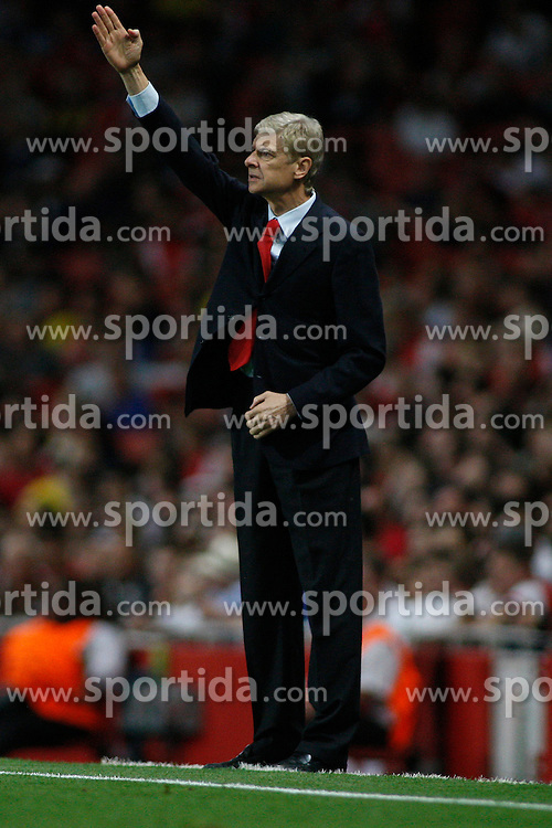 27.08.2013, Emirates Stadion, London, ENG, UEFA CL Qualifikation, FC Arsenal vs Fenerbahce Istanbul, Rueckspiel, im Bild Arsenal's Manager Arsene Wenger during the UEFA Champions League Qualifier second leg match between FC Arsenal and Fenerbahce Istanbul at the Emirates Stadium, United Kingdom on 2013/08/27. EXPA Pictures &copy; 2013, PhotoCredit: EXPA/ Mitchell Gunn<br /> <br /> ***** ATTENTION - OUT OF GBR *****