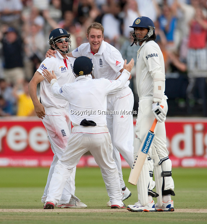 Stuart Broad celebrates removing last man Ishant Sharma (right) to win the first npower Test Match between England and India at Lord's Cricket Ground, London.  Photo: Graham Morris (Tel: +44(0)20 8969 4192 Email: sales@cricketpix.com) 25/07/11