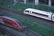 DEU, Germany, Cologne, high-speed trains ICE and Thalys in the town district Deutz.....DEU, Deutschland, Koeln, Hochgeschwindigkeitszuege ICE und Thalys in Deutz...