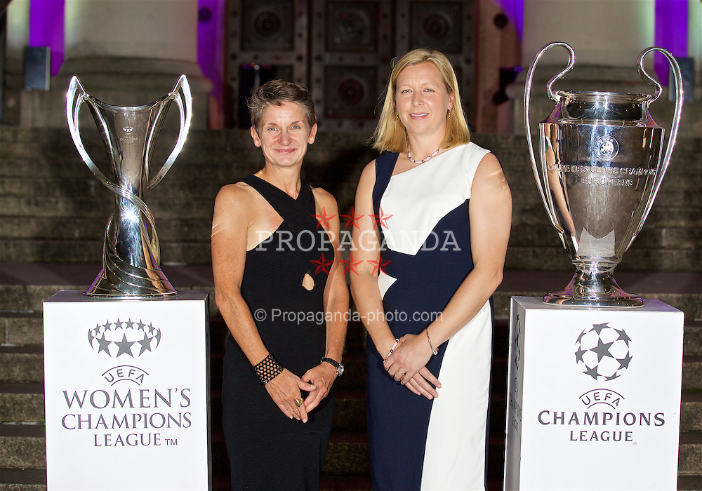 CARDIFF, WALES - Wednesday, August 31, 2016: Laura McAllister with Wales women's team manager Jayne Ludlow with the European Cup trophies during a gala dinner at the Cardiff Museum to launch the UEFA Champions League Finals 2017 to be held in Cardiff. (Pic by David Rawcliffe/Propaganda)