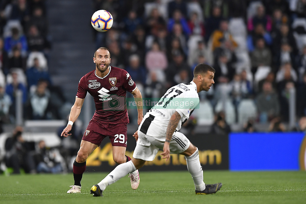 May 3, 2019 - Torino, Torino, Italia - Foto LaPresse - Fabio Ferrari.03 Maggio 2019 Torino, Italia .Sport.Calcio.ESCLUSIVA TORINO FC.Juventus Fc vs Torino Fc - Campionato di calcio Serie A TIM 2018/2019 - Allianz Stadium..Nella foto:Lorenzo De Silvestri (Torino Fc); ..Photo LaPresse - Fabio Ferrari.May 03, 2019 Turin, Italy.sport.soccer.EXCLUSIVE TORINO FC.Juventus Fc vs Torino Fc - Italian Football Championship League A TIM 2018/2019 - Allianz Stadium..In the pic:Lorenzo De Silvestri  (Credit Image: © Fabio Ferrari/Lapresse via ZUMA Press)