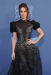 Kate Beckinsale  bei der Verleihung der 22. Critics' Choice Awards in Los Angeles / 111216