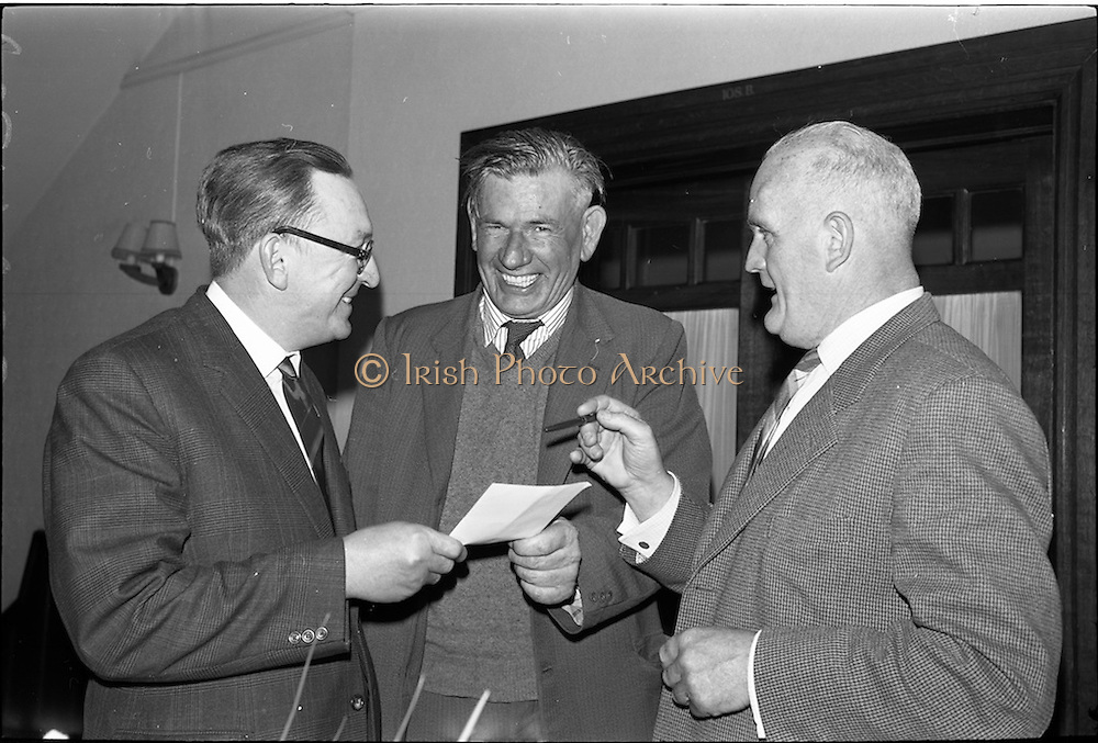 30/05/1964<br /> 05/30/1964<br /> 30 May 1964<br /> Licensed Road Transport Association Annual General Meeting at the Clarence Hotel, Dublin. Picture shows (l-r):  Mr. John Mulcahy, (Mitchelstown) Vice-President; Mr. Al Kelly, (Carlow) President and Mr. D.F. Healy, (Cork), Trustee.