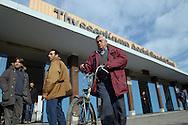 Terni, Italy 3 febbraio 2004: Operai all'uscita dai cancelli dell'acciaieria Acciai Speciali Terni.