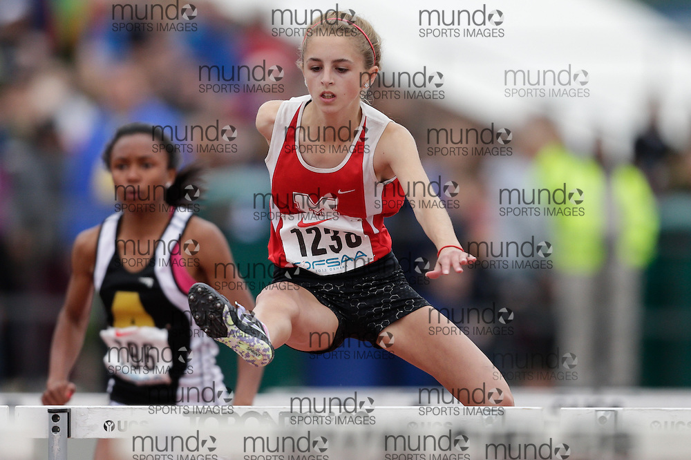 Kylie Paliani of Medway HS - Arva competes in the 80m hurdles at the 2013 OFSAA Track and Field Championship in Oshawa Ontario, Friday,  June 7, 2013.<br />