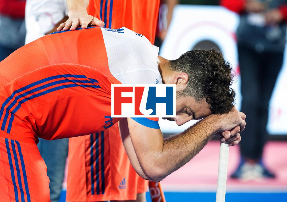 BHUBANESWAR - Teleurstelling bij Valentin Verga (Ned) na  de Hockey World League Final wedstrijd Nederland-Argentinie (3-3). Verga werd uitgeroepen tot man of the match.  COPYRIGHT  KOEN SUYK