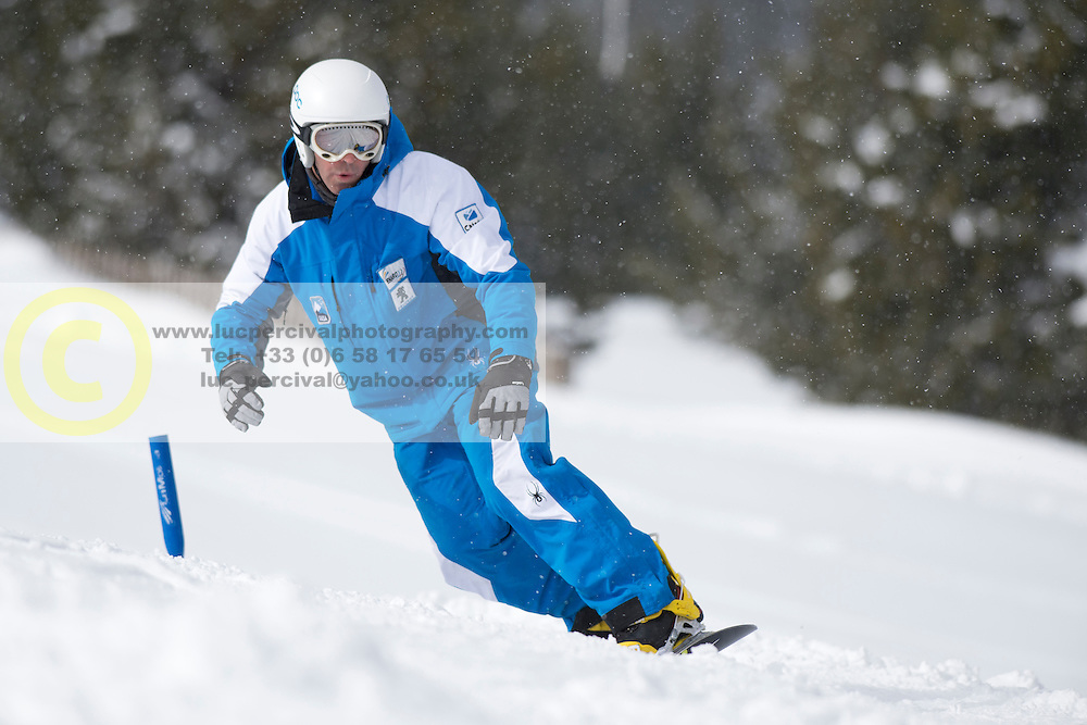 CODINA THOMATIS Carlos Javier, banked slalom training, 2015 IPC Snowboarding World Championships, La Molina, Spain