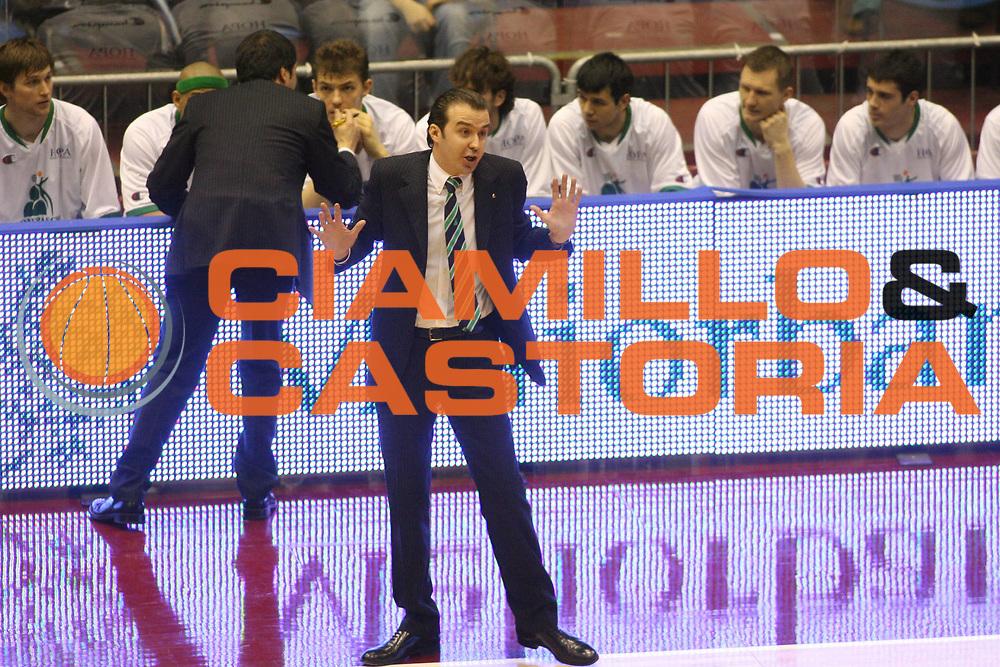 DESCRIZIONE : Milano Lega A1 2006-07 Armani Jeans Milano Montepaschi Siena <br /> GIOCATORE : Pianigiani <br /> SQUADRA : Montepaschi Siena <br /> EVENTO : Campionato Lega A1 2006-2007 <br /> GARA : Armani Jeans Milano Montepaschi Siena <br /> DATA : 07/01/2007 <br /> CATEGORIA : Ritratto <br /> SPORT : Pallacanestro <br /> AUTORE : Agenzia Ciamillo-Castoria/G.Ciamillo