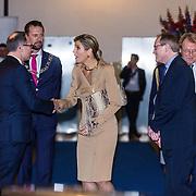 NLD/Rotterdam/20160113 - NL Groeit 2015, vertrek van Konining Maxima