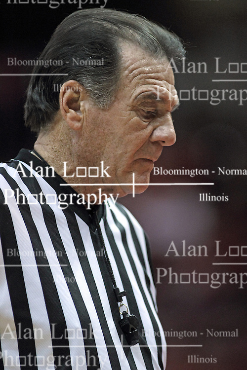 20 November 2013:  Referee Tom O'Meill during an NCAA Non-Conference mens basketball game between theJaspers of Manhattan and the Illinois State Redbirds in Redbird Arena, Normal IL