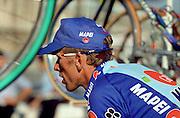 n/z.: Zenon Jaskula ( Mapei - GB ) na mecie Tour de France w Paryzu , kolarstwo szosowe , Francaj , Paryz , 27-07-1997 , fot.: Adam Nurkiewicz / mediasport..Zenon Jaskula ( Mapei - GB ) on the finish Tour de France in Paris. July 27, 1997 ; France , Paris ( Photo by Adam Nurkiewicz / mediasport )