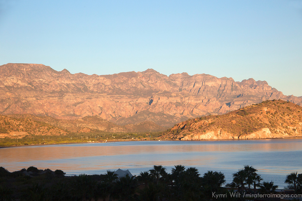 Mexico, Baja California Sur, Loreto. Sunrise over Danzante Bay, view from Villa del Palmar Loreto.