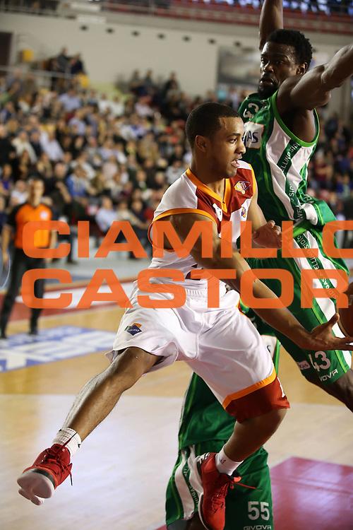 DESCRIZIONE : Roma Lega A 2012-13 Acea Roma Sidigas Avellino<br /> GIOCATORE : Jordan Taylor<br /> CATEGORIA : penetrazione assist<br /> SQUADRA : Acea Roma<br /> EVENTO : Campionato Lega A 2012-2013 <br /> GARA : Acea Roma Sidigas Avellino<br /> DATA : 07/04/2013<br /> SPORT : Pallacanestro <br /> AUTORE : Agenzia Ciamillo-Castoria/ElioCastoria<br /> Galleria : Lega Basket A 2012-2013  <br /> Fotonotizia : Roma Lega A 2012-13 Acea Roma Sidigas Avellino<br /> Predefinita :