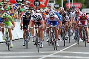 Road Race Cycling.Tour Down Under.Adelaide.Australia. 17.01.2012.<br /> Stage 1, Prospect to Clare. 149km.<br /> Andre GREIPEL (Ger) wins for team Lotto Belisol (Bel). Greipel gewinnt das<br /> Foto-Finish gegen den Italiener Alessandro Petacchi (Lampre) und Jauhen Hutarowitsch aus Weißrussland (FDJeux)<br /> © ATP / Damir Ivka