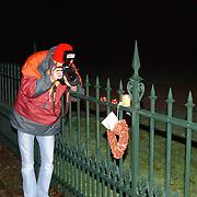 Overlijden prins Bernhard, fotograaf, boeket, bloemen