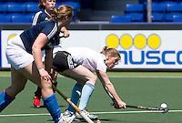 DEN HAAG - hockey- wedstrijd tussen de ZwarteTulpen en een Rabobank team. Eefke Mulder .  COPYRIGHT KOEN SUYK