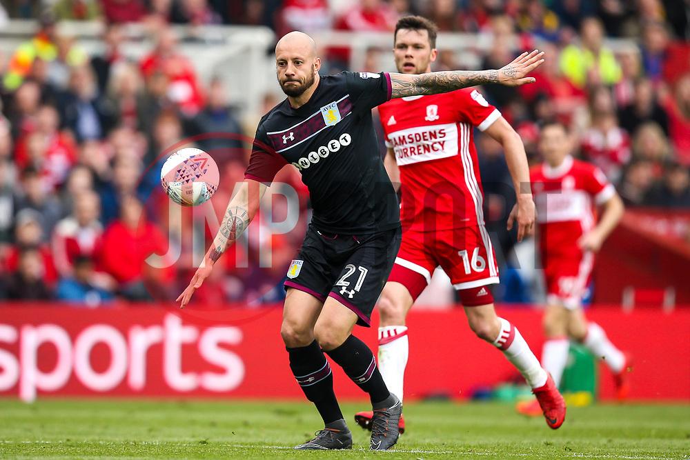 Alan Hutton of Aston Villa takes on Jonathan Howson of Middlesbrough - Mandatory by-line: Robbie Stephenson/JMP - 12/05/2018 - FOOTBALL - Riverside Stadium - Middlesbrough, England - Middlesbrough v Aston Villa - Sky Bet Championship