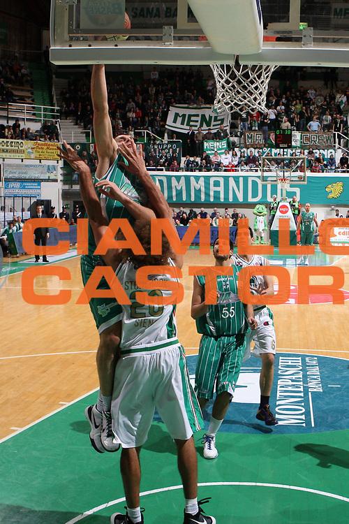 DESCRIZIONE : Siena Lega A 2009-10 Montepaschi Siena Air Avellino<br /> GIOCATORE : Szymon Szewczyk<br /> SQUADRA : Air Avellino<br /> EVENTO : Campionato Lega A 2009-2010 <br /> GARA : Montepaschi Siena Air Avellino<br /> DATA : 27/03/2010<br /> CATEGORIA : tiro<br /> SPORT : Pallacanestro <br /> AUTORE : Agenzia Ciamillo-Castoria/ElioCastoria<br /> Galleria : Lega Basket A 2009-2010 <br /> Fotonotizia : Siena Campionato Italiano Lega A 2009-2010 Montepaschi Siena Air Avellino<br /> Predefinita :