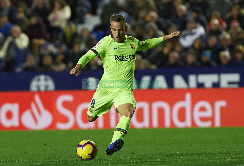 صور مباراة : ليفانتي - برشلونة 0-5 ( 16-12-2018 )  20181216-zaa-n230-413