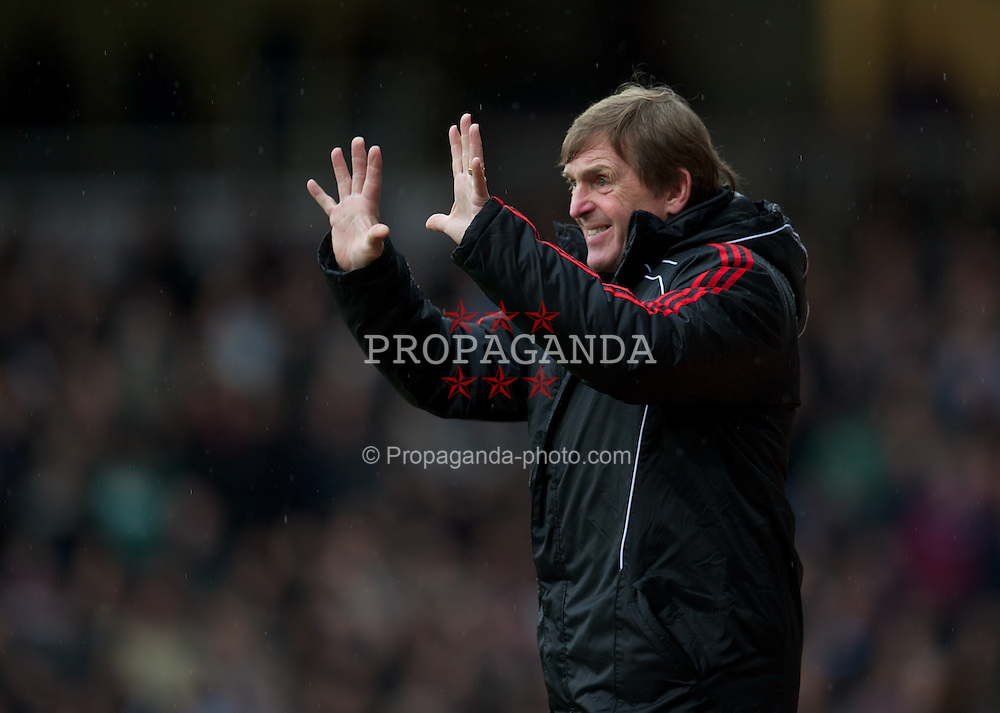LONDON, ENGLAND - Sunday, February 27, 2011: Liverpool's manager Kenny Dalglish during the Premiership match against West Ham United at Upton Park. (Photo by David Rawcliffe/Propaganda)