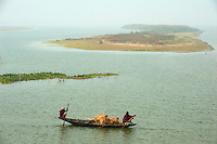 Inde, Bengale-Occidental, riviere Hooghly defluent du Gange // India, West Bengal, Hooghly river, part of Ganges river