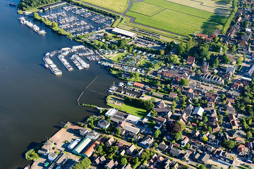 Nederland, Noord-Holland, Gemeente Castricum, 13-06-2017; Akersloot, dorp aan het Alkmaardermeer.<br /> Village at lake Alkmaar.<br /> <br /> luchtfoto (toeslag op standard tarieven);<br /> aerial photo (additional fee required);<br /> copyright foto/photo Siebe Swart