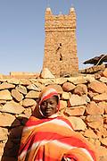 Junge Frau in Chinguetti