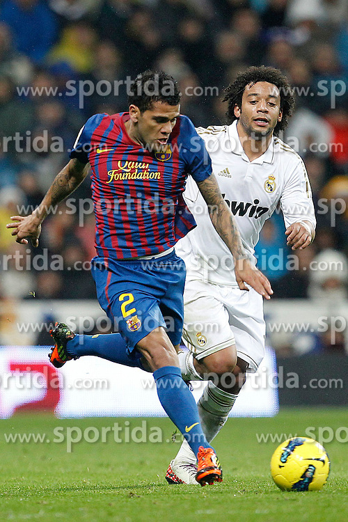 10.12.2011, Santiago Bernabeu Stadion, Madrid, ESP, Primera Division, Real Madrid vs FC Barcelona, 15. Spieltag, im Bild Real Madrid's Marcelo and FC Barcelona's Daniel Alves // during the football match of spanish 'primera divison' league, 15th round, between Real Madrid and FC Barcelona at Santiago Bernabeu stadium, Madrid, Spain on 2011/12/10. EXPA Pictures © 2011, PhotoCredit: EXPA/ Alterphotos/ Alex Cid-Fuentes..***** ATTENTION - OUT OF ESP and SUI *****
