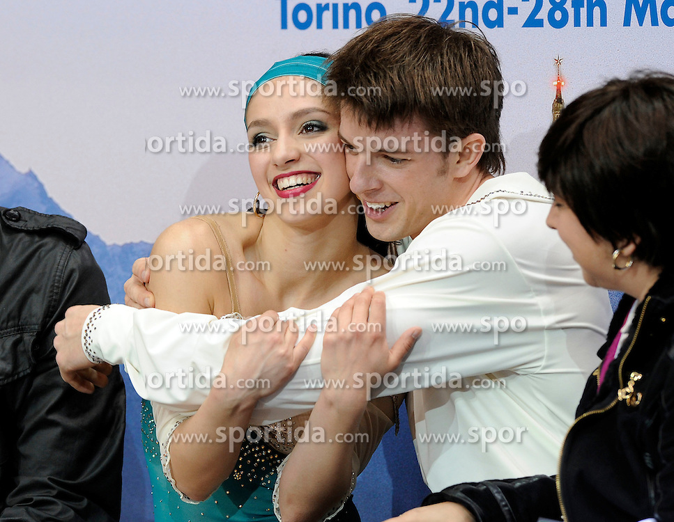 23.03.2010, Torino Palavela, Turin, ITA, ISU World Figure Skating Championships Turin 2010, Paarlauf, im Bild Stefania Berton e Ondrej Hotarek (ITA), EXPA Pictures © 2010, PhotoCredit: EXPA/ InsideFoto/ Perottino / SPORTIDA PHOTO AGENCY