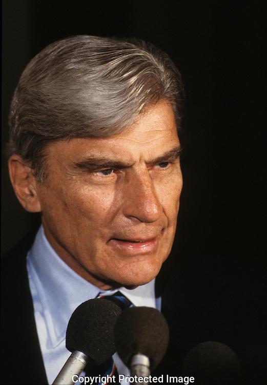 Senator John Warner, R.VA in June 1988..Photograph by Dennis Brack