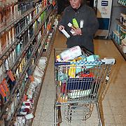 Prijswinnaars mogen 2 minuten gratis winkelen bij Albert Heijn Oostermeent Huizen