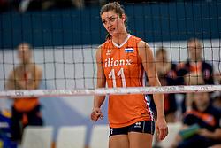 01-10-2017 AZE: Final CEV European Volleyball Nederland - Servie, Baku<br /> Nederland verliest opnieuw de finale op een EK. Servi&euml; was met 3-1 te sterk / Anne Buijs #11 of Netherlands