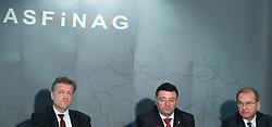 """06.02.2017, Asfinag Zentrale, Wien, AUT, ASFiNAG, Pressekonferenz mit dem Titel """"Verkehrs- und Tunnelsicherheit im Fokus"""", im Bild v.l.n.r. Vorstand Klaus Schierhackl Bundesminister für Verkehr, Innovation und Technologie Jörg Leichtfried (SPÖ) und Vorstand Alois Schedl // f.l.t.r. Klaus Schierhackl (Board of directors), Federal Minister for Transport, Innovation and Technology Joerg Leichtfried and Alois Schedl (Board of directors) during press conference of the Asfinag in Vienna, Austria on 2017/02/06, EXPA Pictures © 2017, PhotoCredit: EXPA/ Michael Gruber"""