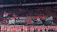 Fussball  DFB Pokal  Achtelfinale  2017/2018   FC Bayern Muenchen - Borussia Dortmund        20.12.2017 FC Bayern Fans gedenken alte Zeiten