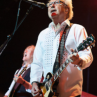 Foreigner at The Clyde Auditorium Glasgow and deliver a stunning set to a delighted Glasgow audience. With ten multi-platinum albums and sixteen Top 30 hits, Foreigner is universally hailed as one of the most popular rock acts in the world with a formidable musical arsenal that continues to propel sold-out tours and album sales, now exceeding 75 million. Responsible for some of rock and roll's most enduring anthems including Juke Box Hero,  Feels Like The First Time, Urgent, Head Games, Say You Will, Cold as Ice, Hot Blooded, and the worldwide #1 hit, I Want To Know What Love Is, Foreigner continues to rock the charts more than thirty years into the game.