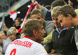 16.09.2010, Red Bull Arena, Salzburg, AUT, UEFA EL, Red Bull Salzburg vs Manchester City, im Bild Thomas Augustinussen, (FC Red Bull Salzburg, Mittelfeld, #08), Fans, EXPA Pictures © 2010, PhotoCredit: EXPA/ D. Scharinger / SPORTIDA PHOTO AGENCY